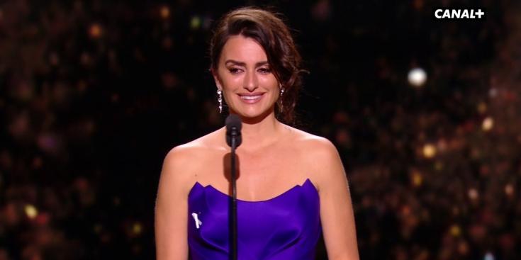 Cesar-2018-Penelope-Cruz-en-larmes-pour-recevoir-son-Cesar-d-honneur