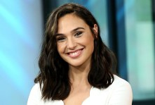 gal-gadot-beauty-evolution-l