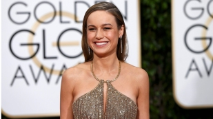 Image: Brie Larson arrives at the 73rd Golden Globe Awards in Beverly Hills