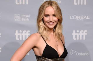 jennifer-lawrence-tiff-2017-ap-billboard-1548