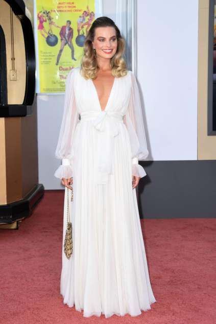 Margot-Robbie-Dress-Once-Upon-Time-Hollywood-Premiere