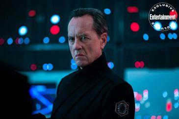 star-wars-the-rise-of-skywalker-First-Order-Allegiant-General-Pryde-.Richard-E-Grant