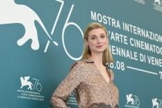 56818-Photocall_-_THE_BURNT_ORANGE_HERESY_-_Actress_Elizabeth_Debicki__Credits_La_Biennale_di_Venezia_-_foto_ASAC___4_