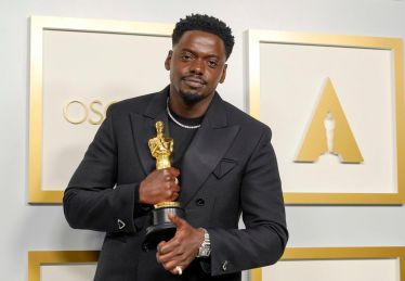 Oscars-2021-live-results-All-the-winners-from-Chloe-Zhao